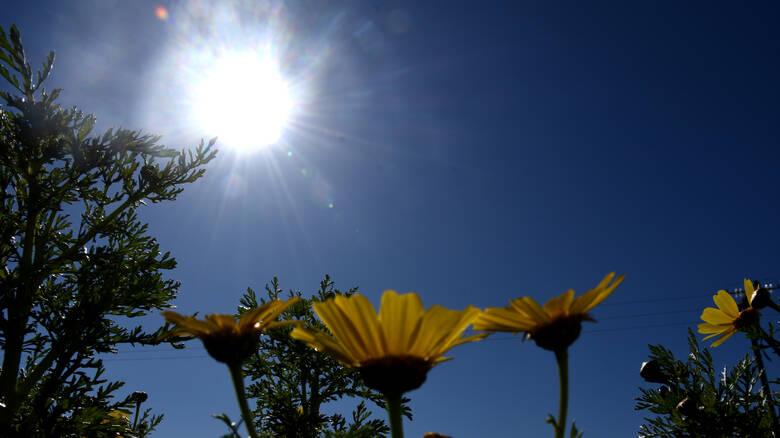 Καιρός : Ανεβαίνει η θερμοκρασία τη Μεγάλη Δευτέρα | in.gr