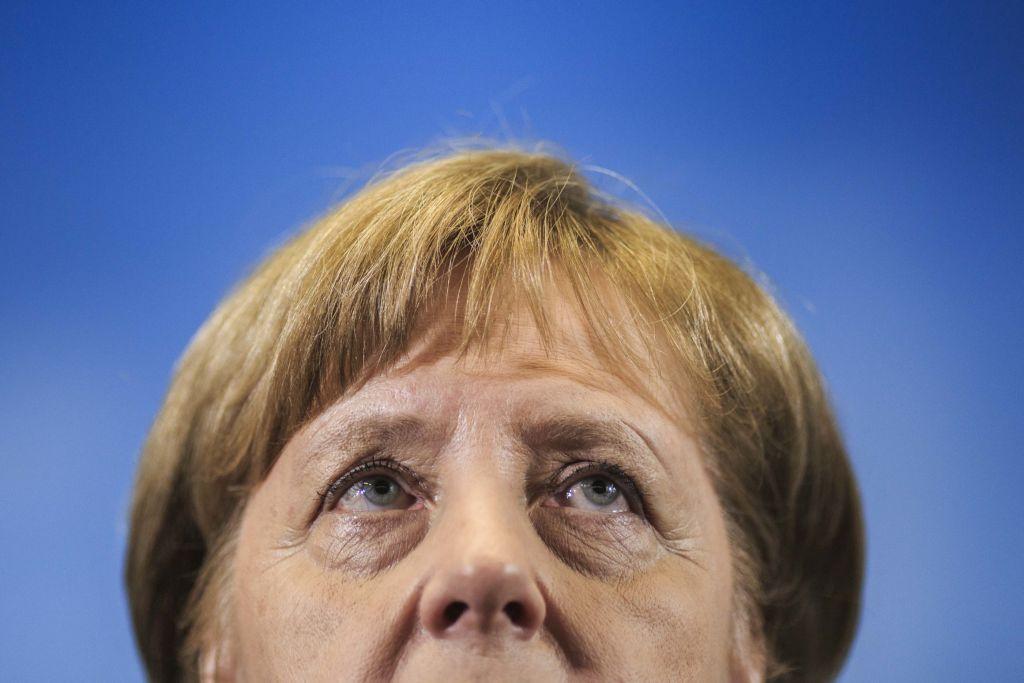 «Βόμβα» από Μέρκελ: «Τυπώστε 50 τρισ. ευρώ για να σωθεί η Ευρώπη»