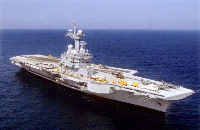 Θρίλερ και σε γαλλικό αεροπλανοφόρο: 668 κρούσματα κοροναϊού Θετικοί στον κορονοϊό βρέθηκαν 668 ναύτες που υπηρετούν στο αεροπλανοφόρο Charles-de-Gaulle.