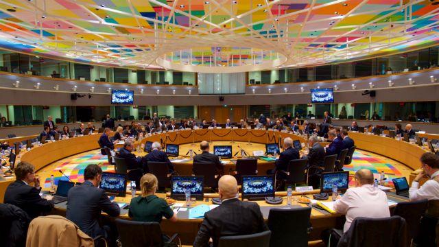 Κορονοϊός : Το Ecofin κάλεσε τις τράπεζες να στηρίξουν τα νοικοκυριά και τις επιχειρήσεις