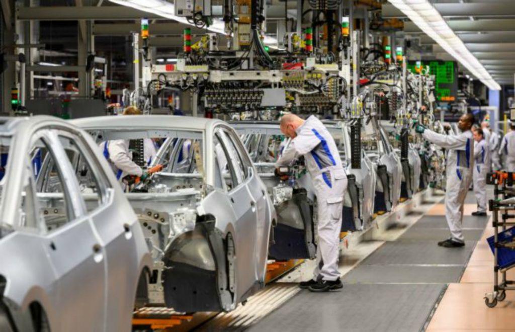 Αυτοκινητοβιομηχανίες – Γερμανία : Ξεκινούν σταδιακά να τίθενται σε λειτουργία από τα τέλη Απρίλη
