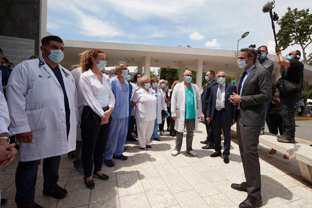 Μητσοτάκης στο ΑΧΕΠΑ: Η πανδημία «προίκισε» το ΕΣΥ | in.gr