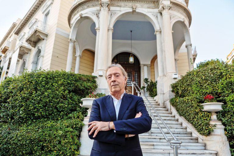 Κορυφαίο διεθνές βραβείο στον διευθυντή του Μουσείου Κυκλαδικής Τέχνης Νίκο Σταμπολίδη | in.gr