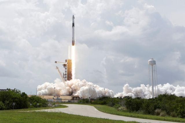 SpaceX: Στον Διεθνή Διαστημικό Σταθμό οι αστροναύτες της NASA – Οι πρώτες εικόνες