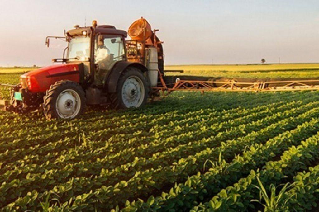 5.000 ευρώ σε κάθε αγρότη και 50.000 ευρώ σε επιχειρήσεις | in.gr