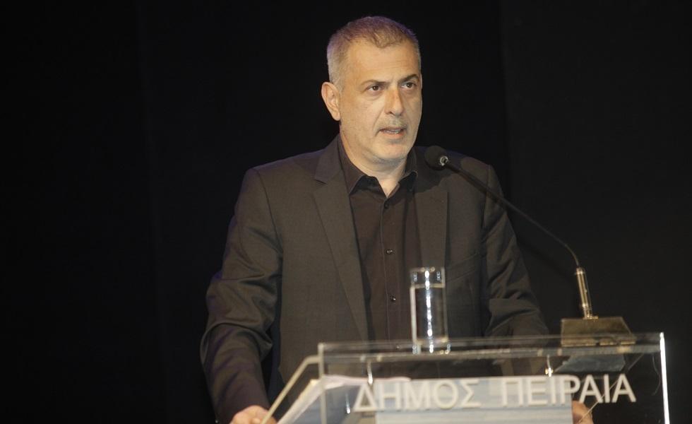 Μώραλης: «Απαράδεκτη ενέργεια, δεν σέβονται τους νεκρούς και δεν έχουν καμία θέση στον αθλητισμό» | in.gr