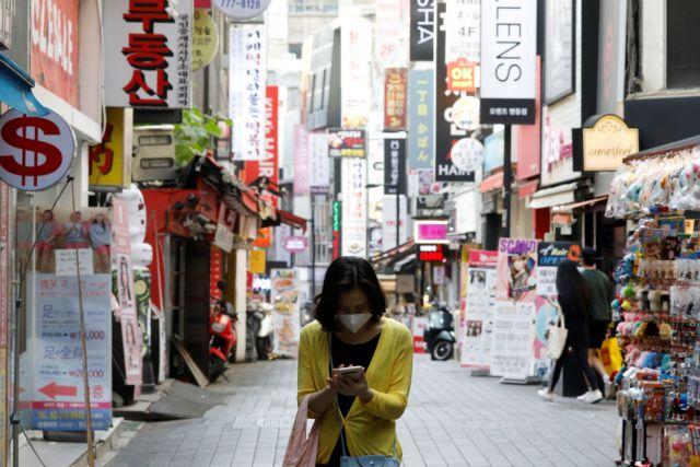 Κοροναϊός : Γιατί είναι πιο φονικός στην Ευρώπη και τις ΗΠΑ σε σχέση με την Ασία;
