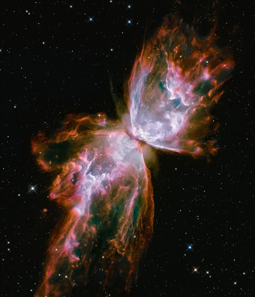 Hubble: Επετειακό άλμπουμ για τα 30 χρόνια του διαστημικού τηλεσκοπίου