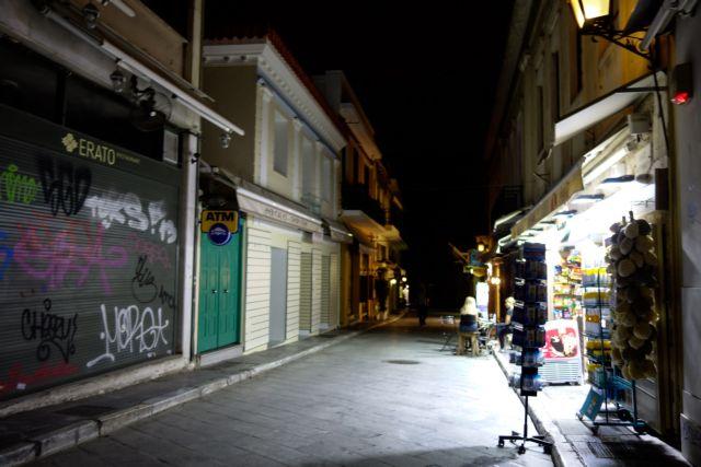 Δραματική πτώση τζίρου στα τουριστικά καταστήματα της Αθήνας