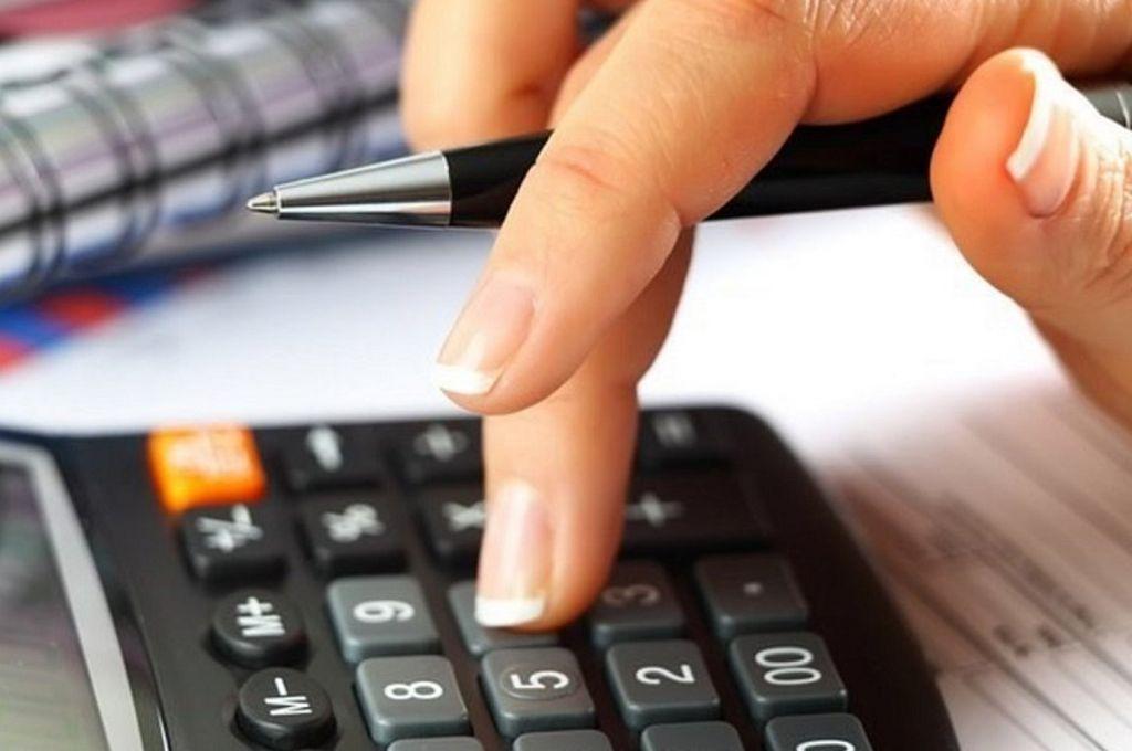 Φορολογικές δηλώσεις : Πώς θα γλιτώσετε τον έξτρα φόρο