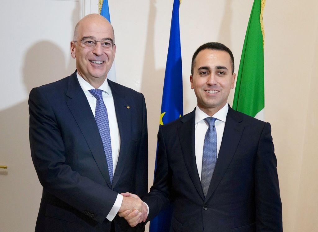 «Κλείδωσε» ο καθορισμός ΑΟΖ με την Ιταλία : Υπογράφουν συμφωνία Δένδιας – Ντι Μάιο