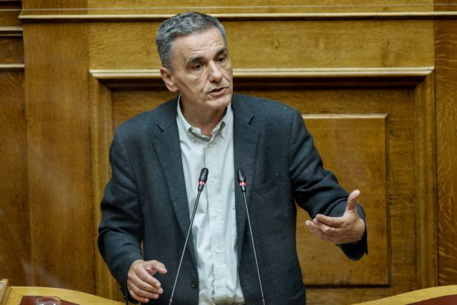 Τσακαλώτος : Να δοθούν διευκρινίσεις για τον αντίκτυπο της πανδημίας στην οικονομία
