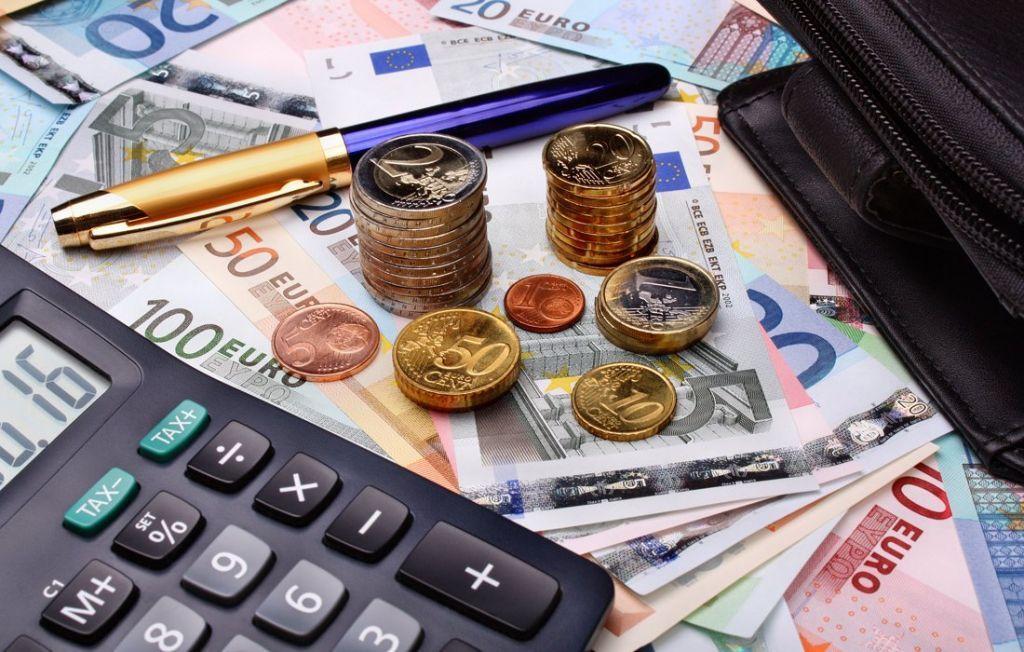 Φοροελαφρύνσεις : Έρχεται νέα ανάσα σε επιχειρήσεις, επαγγελματίες και νοικοκυριά