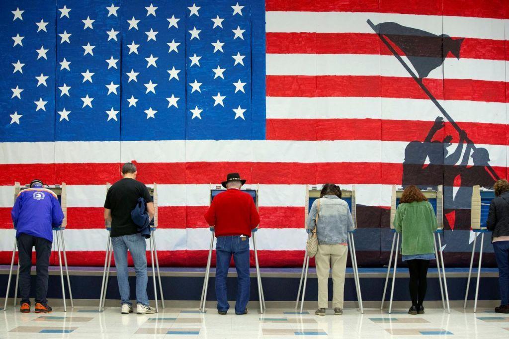 Πώς ο κοροναϊός έφερε τα πάνω κάτω στις αμερικανικές εκλογές