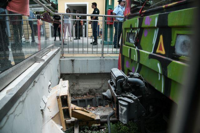 Ατύχημα στον ΗΣΑΠ: Συνελήφθη ο οδηγός του τρένου – Εξιτήριο για πέντε τραυματίες