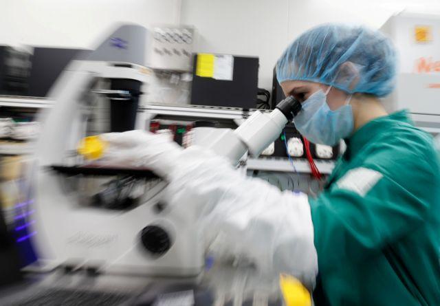 Κοροναϊός: Σπρέι χεριών που αδρανοποιεί τον ιό δημιουργήθηκε από το ΑΠΘ