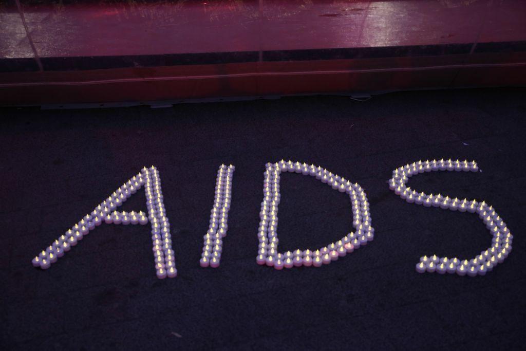 AIDS : Βραζιλιάνος ο πρώτος ασθενής που θεραπεύτηκε πιθανώς μόνο με φάρμακα