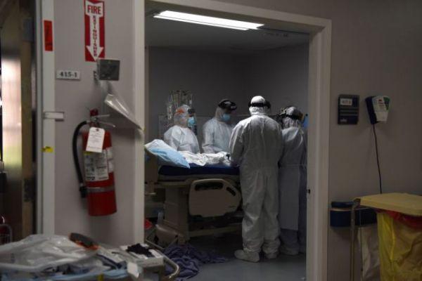 Σοκάρουν οι νεκροψίες των ασθενών κοροναϊού – Ποια ευρήματα ξάφνιασαν τους επιστήμονες