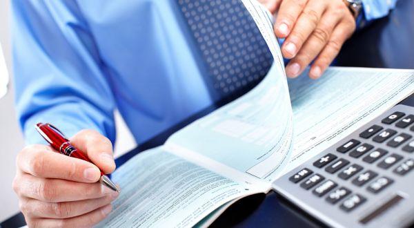 Φορολογικές δηλώσεις : Πώς δηλώνονται οι φιλοξενούμενοι – Προσοχή στην «παγίδα»