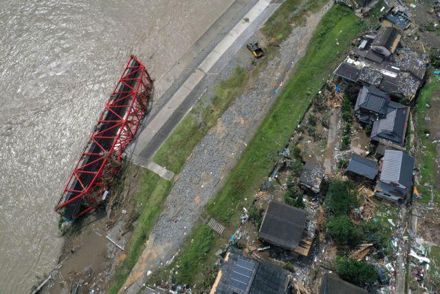 Τραγωδία δίχως τέλος στην Ιαπωνία: Τουλάχιστον 58 οι νεκροί από τις πλημμύρες και τις κατολισθήσεις