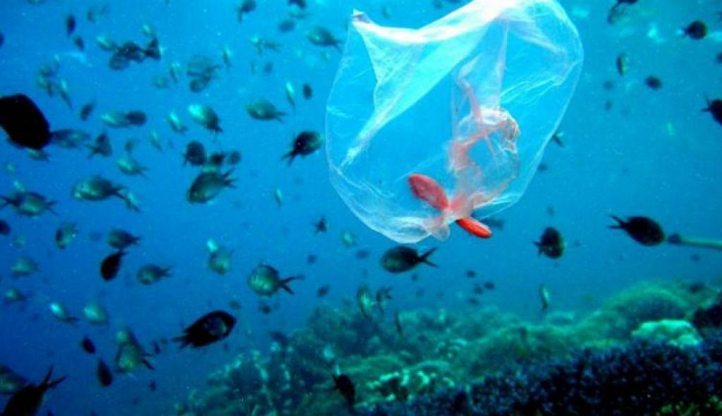Πείραμα στη Μυτιλήνη: Εντοπισμός πλαστικών στη θάλασσα μέσω drone