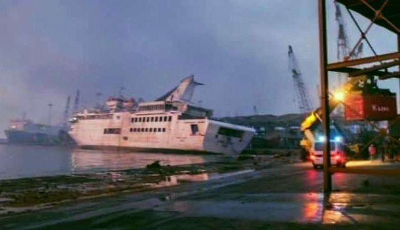 Βηρυτός : Η στιγμή που κρουαζιερόπλοιο βυθίζεται εξαιτίας της έκρηξης