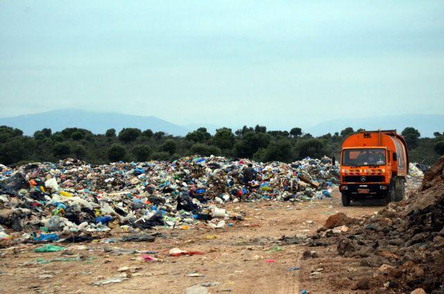 Κλείνουν όλες οι χωματερές σε Κυκλάδες και Δωδεκάνησα έως το 2022