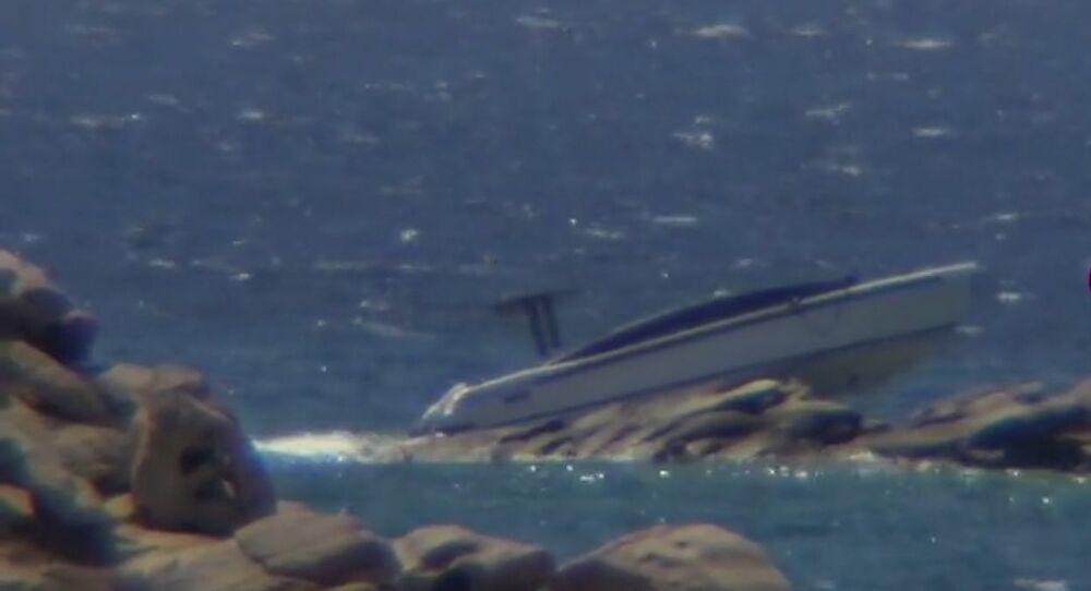 Μύκονος: Σκάφος Αιγύπτιου κροίσου «καρφώθηκε» στα βράχια