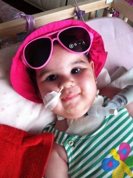 Δραματική έκκληση βοήθειας για τη μικρή Μιχαέλα – Γαβριέλα