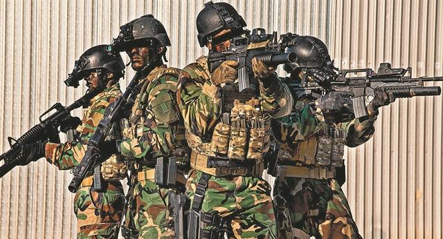 Ανατροπές στις Ενοπλες Δυνάμεις – Τι αλλάζει στη θητεία, χιλιάδες προσλήψεις, γυναίκες στον Στρατό