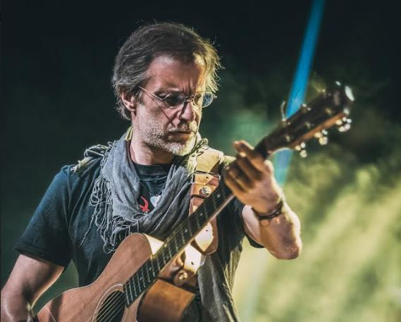 Μίλτος Πασχαλίδης: Αν πιστεύεις ότι ένα τραγούδι έχει γραφτεί για εσένα, τότε έχει γραφτεί για σένα