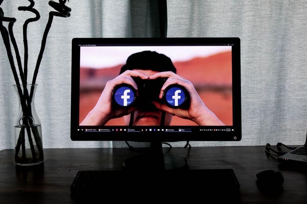 Τι θα κάναμε χωρίς το Facebook;