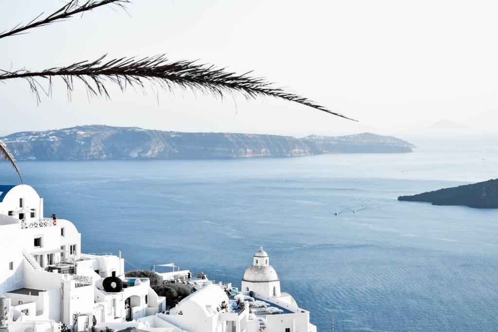 Τουρισμός : Στα κάγκελα οι ξενοδόχοι για τα Airbnb που μπήκαν στο «Τουρισμός για όλους»