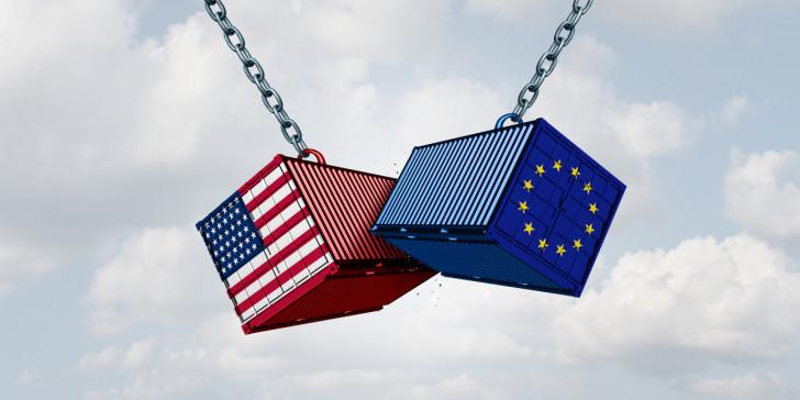 Ιστορική συμφωνία ΗΠΑ – ΕΕ για μείωση των δασμών