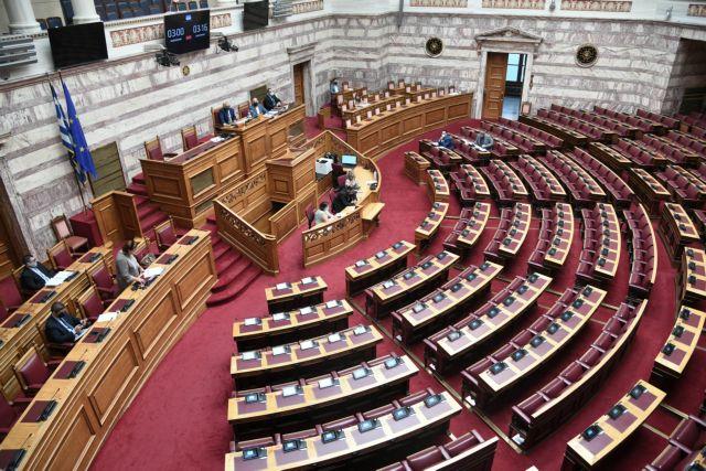 Αναβάλλεται η κύρωση των διμερών συμβάσεων με τη Βόρεια Μακεδονία