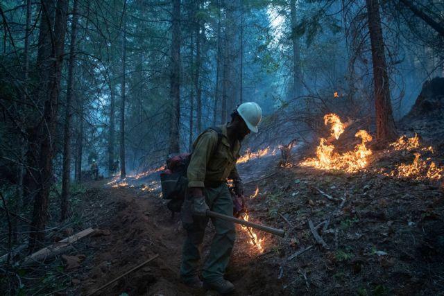 Μέχρι την Ευρώπη έφτασε ο καπνός από τις καταστροφικές πυρκαγιές στις ΗΠΑ