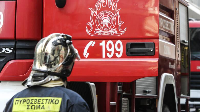 Συναγερμός στην πυροσβεστική για φωτιά στον Υμηττό – Διακόπηκε η κυκλοφορία