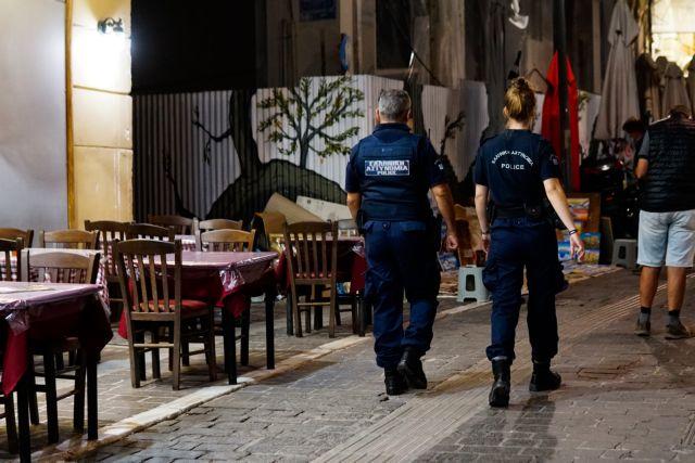 Κοροναϊός : Τρομάζει η αύξηση νεκρών, κρουσμάτων και διασωληνωμένων – Όλα τα μέτρα που προτείνουν οι ειδικοί