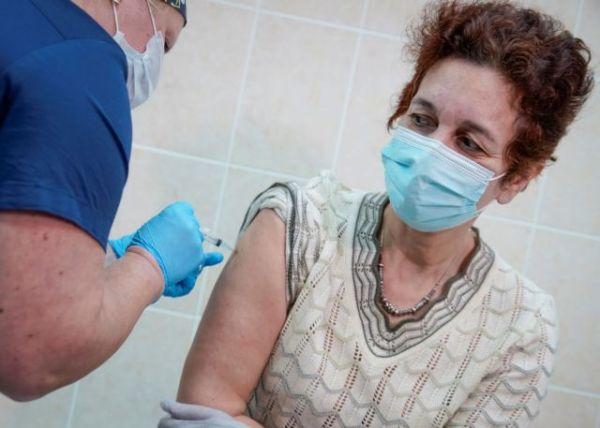 Κοροναϊός : Παράλειψη κλινικών μελετών μπορεί να αποδειχθεί φονική για τις γυναίκες