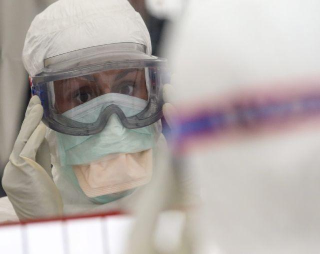Γιατρός στο Ιπποκράτειο Θεσσαλονίκης καλεί αρνητές μάσκας: Ελάτε στο νοσοκομείο μαζί μου χωρίς μάσκα