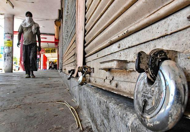 Αντέχει ή δεν αντέχει η οικονομία νέο lockdown; Οι φόβοι και οι προσδοκίες