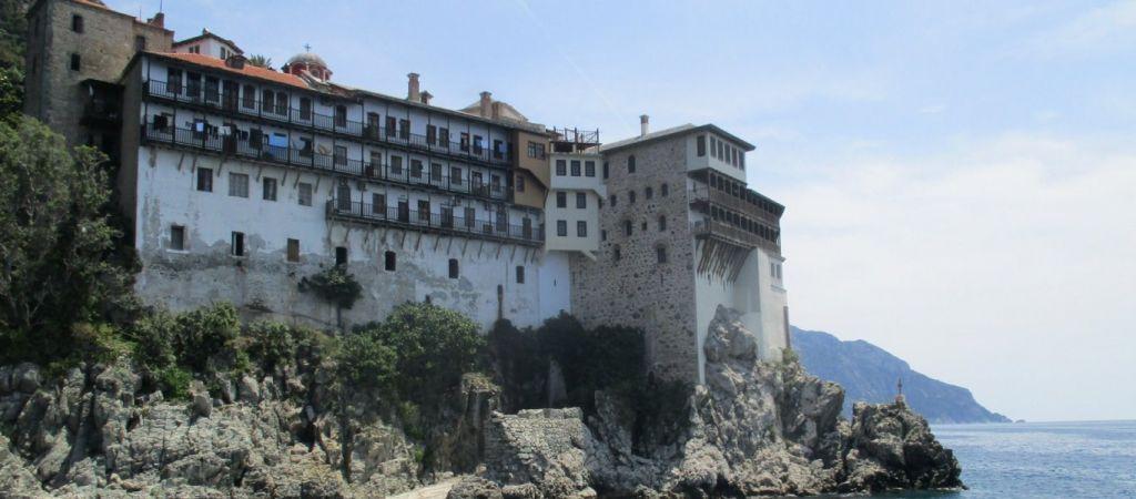 Κοροναϊός: Αποσωληνώθηκε μοναχός από το Άγιο Όρος -Το έντονο ενδιαφέρον του Τσιόδρα