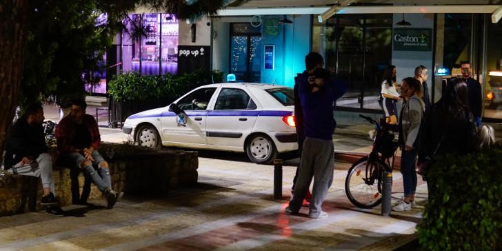 Κοροναϊός : Θρίλερ με τα κρούσματα στην Αττική – Επιχείρηση lockdown σε πλατείες