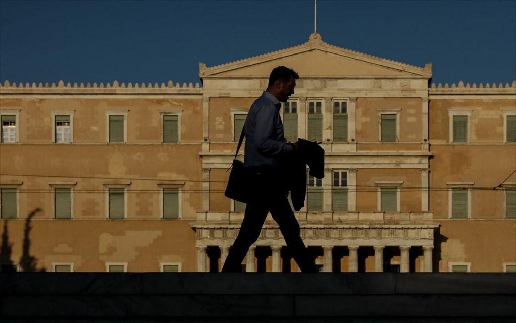 «Καυτή» Δευτέρα με προσχέδιο προϋπολογισμού και Eurogroup