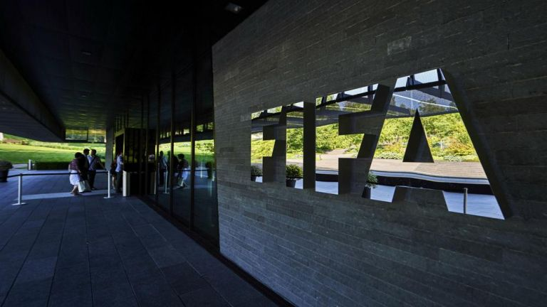 FIFA : Η πανδημία μπορεί να κοστίσει 14 δισ. δολάρια