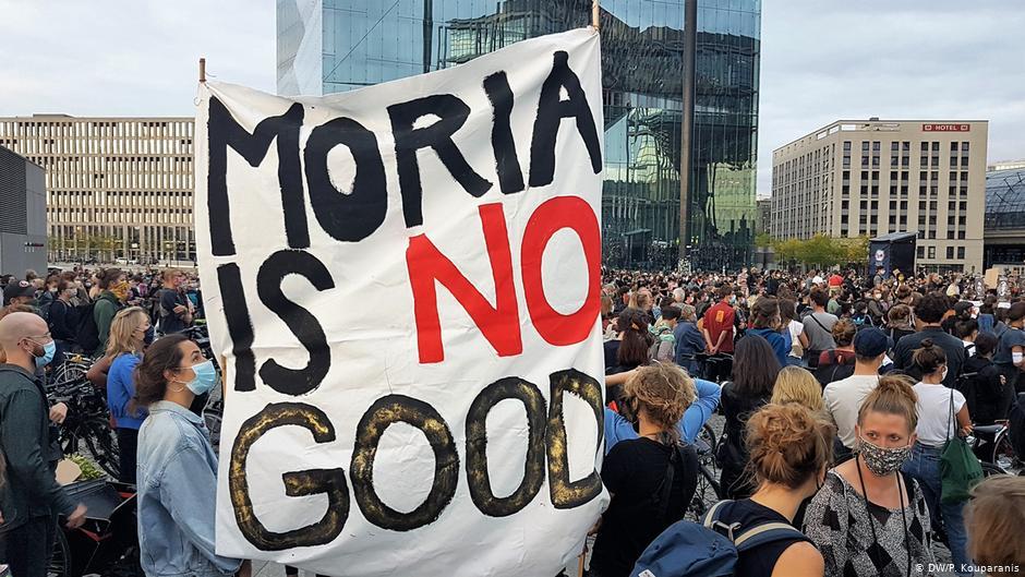 Γερμανία : Διαδηλώσεις σε 60 πόλεις για τη Μόρια – Τα έβαλαν με τον Ζεεχόφερ