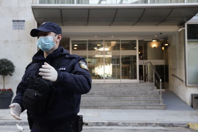 Κοροναϊός : Συναγερμός στην Κρήτη για άτομα που το έσκασαν από ξενοδοχείο καραντίνας
