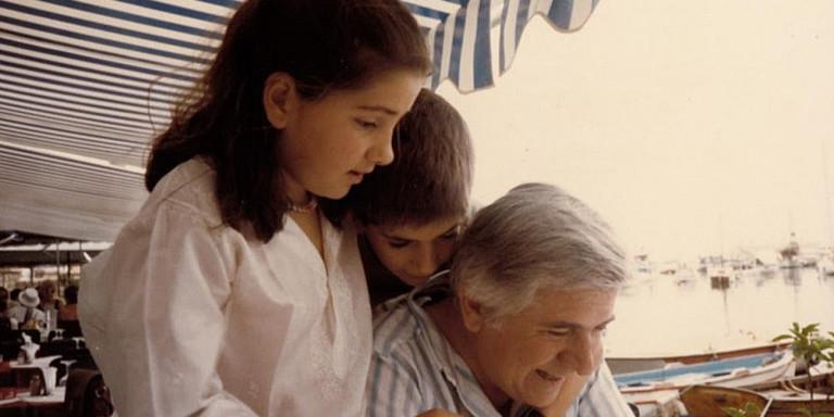 Τριάντα ένα χρόνια από τη δολοφονία του Παύλου Μπακογιάννη: Η συγκινητική ανάρτηση της Ντόρας