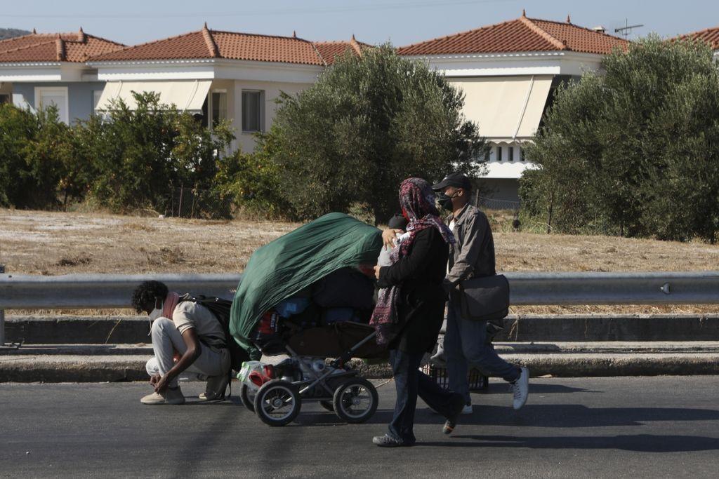 Μόρια: «Εξαφανίστηκαν» 2.000 πρόσφυγες από τη Λέσβο