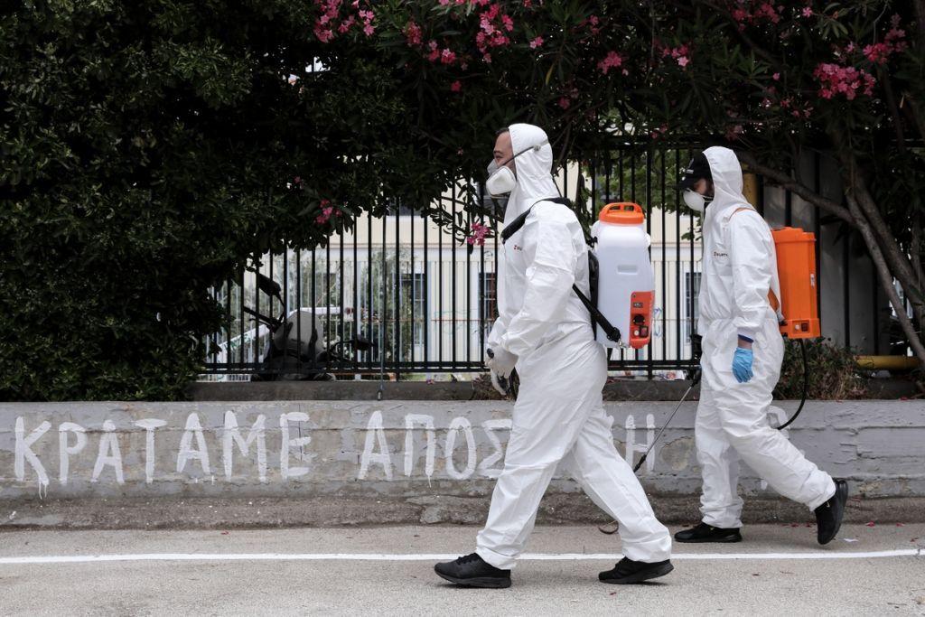 Κοροναϊός: Αυτό είναι το σχέδιο της ΕΛ.ΑΣ. για «lockdown» σε πλατείες – Τι είναι οι ομάδες έκτακτου από-συγχρωτισμού